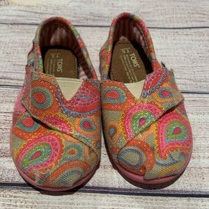 Toms Pink Paisley Shoes Toddler